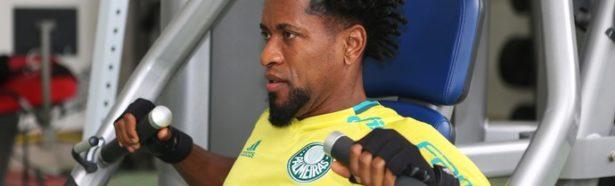 Zé Roberto na academia- (Foto: Fabio Menotti/Ag. Palmeiras)