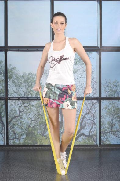 Carmen Steffens - Linha Fitness Alto Verão (Divulgação)