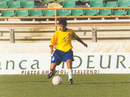 Heder Singulano foi campeão em 2000 pela seleção sub-17 - Crédito da foto: Arquivo pessoal