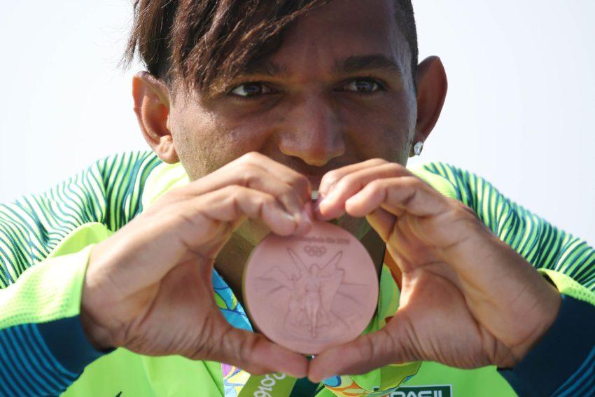 Isaquias Queiroz é bronze na canoagem 200m Foto: Roberto Castro/ Brasil2016
