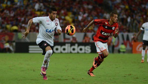 Léo - site Oficial Atlético-PR