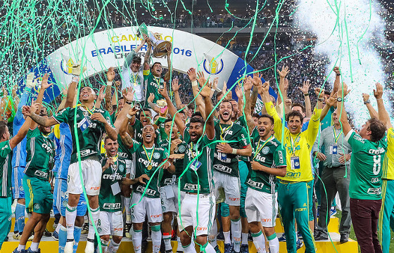 Foto: Ricardo Stucket/ CBF - Palmeiras comemora a conquista do Brasileirão 2016