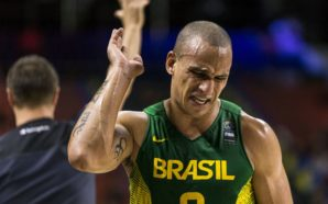 """Alex deixa futuro na seleção de basquete em aberto: """"se o novo técnico me convocar"""""""