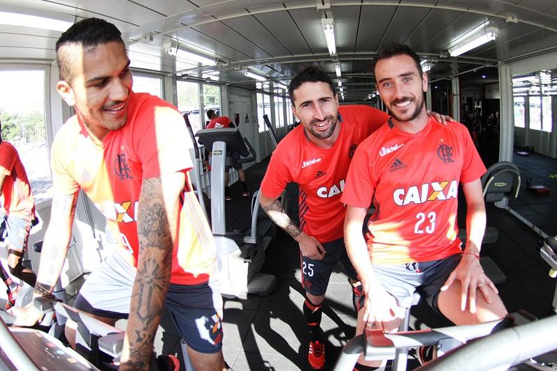 6 atletas que o Flamengo pode aproveitar na Libertadores