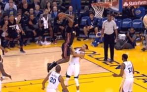 NBA: Curry tenta cavar falta de ataque mas leva enterrada humilhante; assista