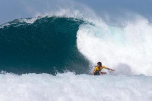 Connor em ação pelas quartas de final do Hawaiian Pro em dezembro do último ano. Crédito da foto: WSL / tony heff