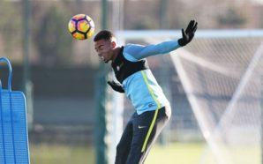 """Ex-camisa 9 da Seleção, Careca rasga elogios a Gabriel Jesus: """"Lembra o Fenômeno"""""""