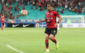 Ramallo nem se reapresentou ao Vitória e busca novo clube em 2017 (Foto: Francisco Galvão/EC Vitória)