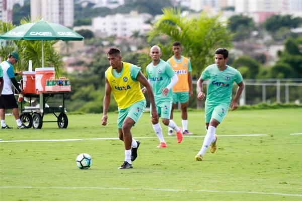 FC Porto: Goiás confirma saída de Walter
