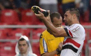 Gilberto, atacante do São Paulo