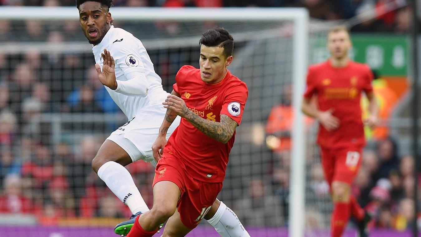 Philippe Coutinho não é relacionado para estreia do Liverpool na Champions