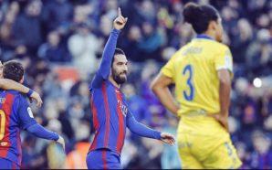 Discreto no Barça, Turán vira alvo do Arsenal para próxima janela