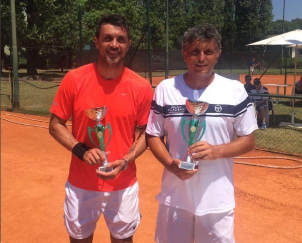 Após pendurar as chuteiras, o ex-zagueiro Paolo Maldini vai começar sua carreira no tênis, disputando o ATP Challenger de Milão no final de junho