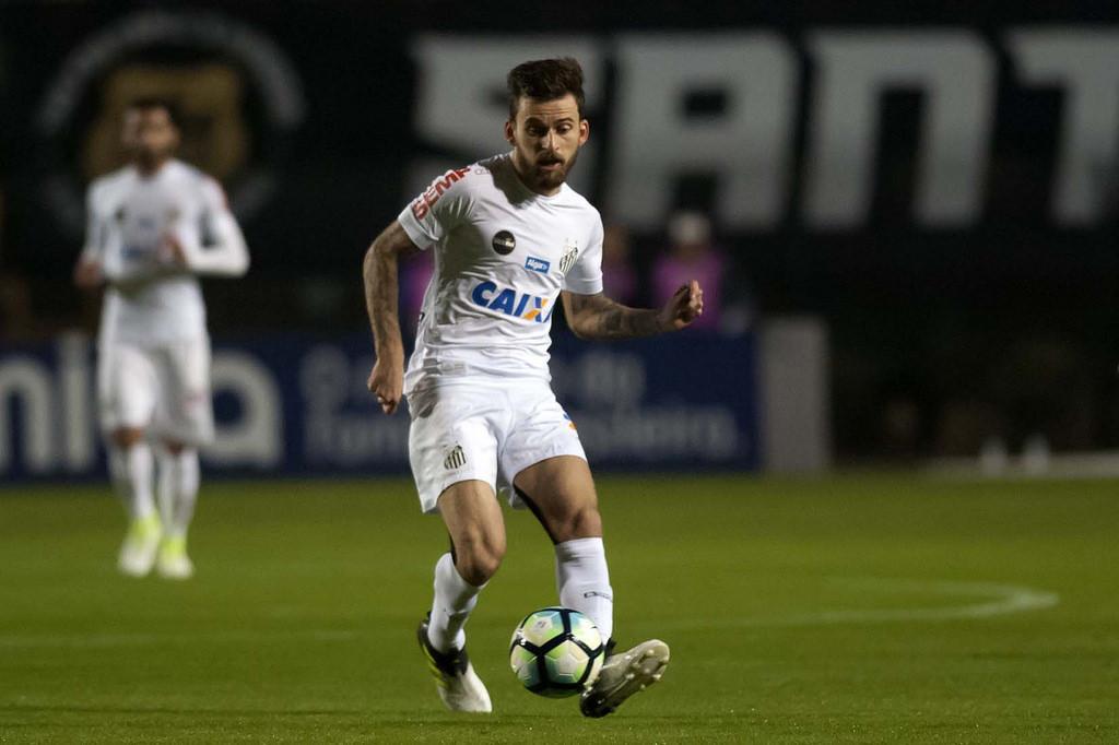 Lucas Lima Santos leva quase um mês e meio para conseguir repetir time titular
