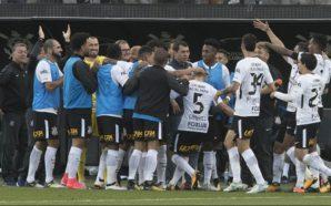 Corinthians escalado por Fábio Carille