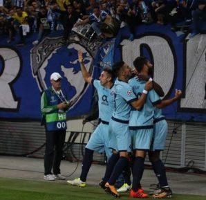 Comemoração do Porto com sua torcida