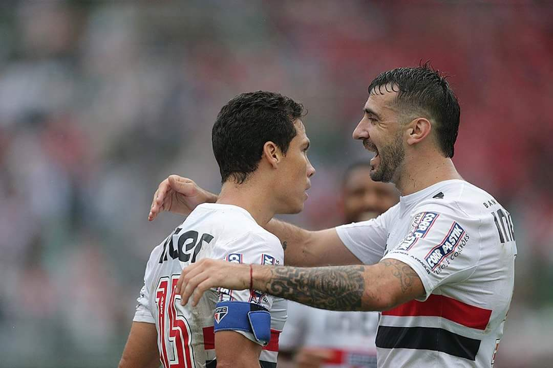 São Paulo Hernanes e Pratto