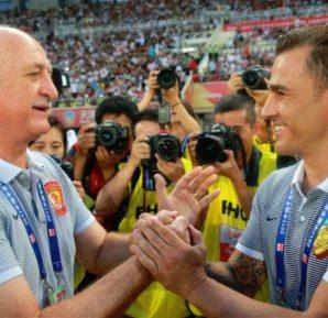 Felipão com Cannavaro na Superliga da China