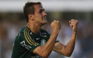 Lucas lateral Palmeiras