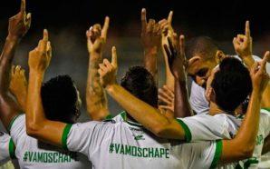 Chapecoense comemora vaga na Libertadores 2018