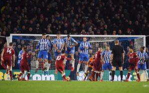 Philippe Coutinho faz golaço à la Ronaldinho em goleada do Liverpool pela Premier League