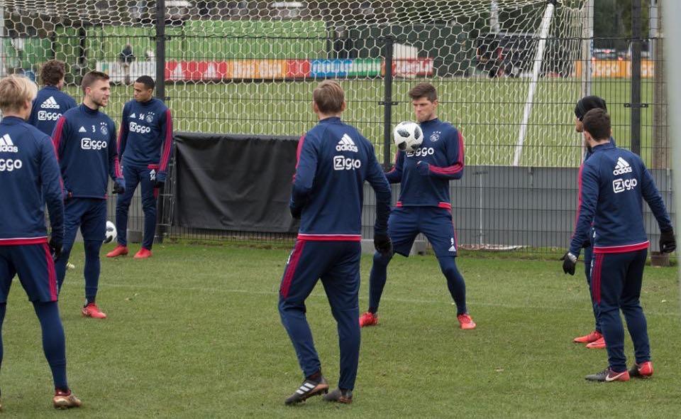 Treino do Ajax para o clássico com o PSV